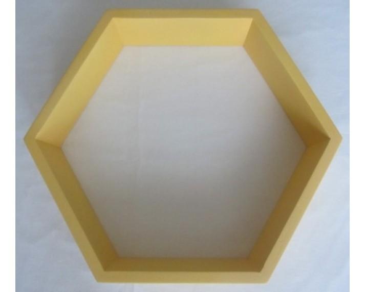 Półka dekoracyjna zółta sześciokąt foremny Hexagon z drewna akacji 43x31 cm