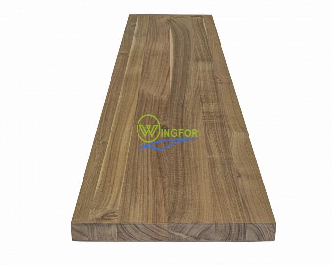 Parapet wewnętrzny, solid, surowy z akacji azjatyckiej, 153x33x2,6 cm, o dł. 153 cm, szer. 33 cm i gr. 2,6 cm