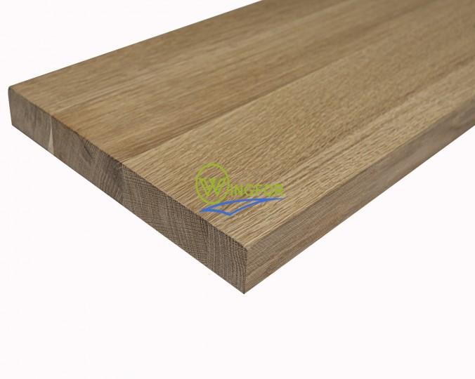 Stopień schodowy 30x110x2,6 cm, lity dąb amerykański, surowy, o szerokości 30 cm, długości 110 cm i grubości 2,6 cm