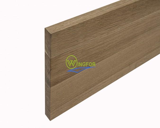 Stopień schodowy 30x110x3,8 cm, lity dąb amerykański, surowy, o szerokości 30 cm, długości 110 cm i grubości 3,8 cm