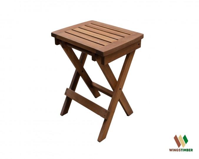 Stolik składany olejowany z drewna akacji azjatyckiej