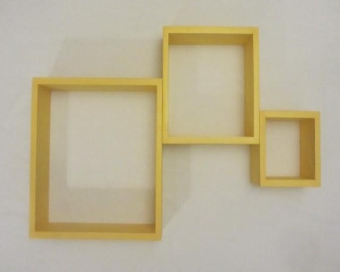 Komplet 3 półek dekoracyjnych z drewna akacji 34x34, 25x25 i 16x16 cm, głębokość 9 cm, grubość płyt 1,5 cm